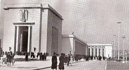 435px-Liége_-_1939_-_Le_palais_de_l'Allemagne_-_Fahrenkamp,_archit.